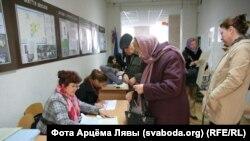 На выбарчым участку ў Кіеве (ФОТАГАЛЕРЭЯ)