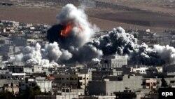 Після авіаудару сил коаліції по сирійському місті Кобані, 22 жовтня 2014 року