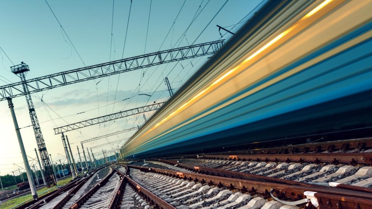 Из Перемышля в Киев отправляется еще один поезд с эвакуированными украинцами – УЗ