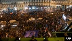 Според организаторите на протеста са присъствали 60 хиляди души