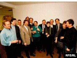 Minhen: Tim Radija Slobodna Evropa nakon prvog emitiranja emisije na južnoslavenskim jezicima, 31. januar 1994.