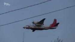 Ситуація у Балаклії: гасіння триває, працює авіація МНС – відео
