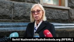 За словами Денісової, пандемія COVID-19 поставила під ще більшу загрозу дотримання і реалізацію прав людини як на тимчасово окупованих, так і на підконтрольних України територіях