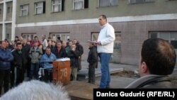 Štrajk radnika Fapa, foto: Danica Gudurić