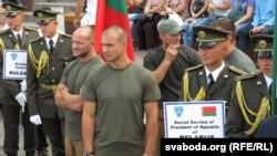 Каманда ахоўнікаў Аляксандра Лукашэнкі на цырымоніі адкрыцьця