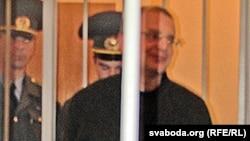 Міхась Башура ў судовай залі 18 кастрычніка.
