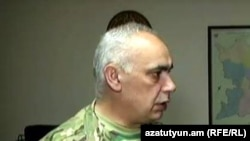 ԼՂ փոխվարչապետը խոստանում է շտկել զինգրքույկներում եղած անճշտությունները