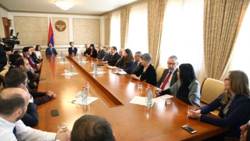 Բակո Սահակյանը հանդիպել է Եվրոպայի պահպանողականների և բարեփոխականների դաշինքի ներկայացուցիչների հետ