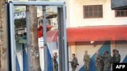 Салдаты патрулююць вуліцы Латакіі