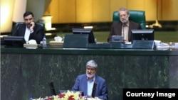 علی مطهری میگوید: بخشی از جمهوری اسلامی «از ابتدا مایل به اجرای برجام نبود و بالاخره به هدفش هم رسید».