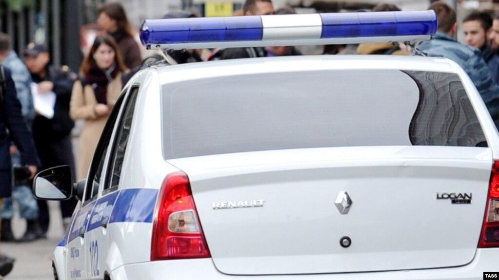 В Петербурге правоохранитель не представился активистам, сославшись на «9-й пункт»