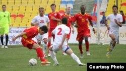 Кыргыз-тажик футболчуларынын беттеши. 2013-жыл