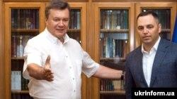 Віктор Янукович (ліворуч) та Андрій Портнов. Архівне фото