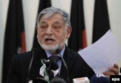 Аҳмадюсуф Нуристонӣ, раиси Комиссияи мустақили интихоботи Афғонистон.