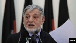Afghanistan -- Independent Election Commission (IEC) Chief Ahmad Yusuf Nuristani talks to journalists during a press conference, in Kabul, April 24, 2014