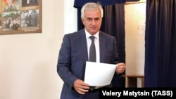 """Incumbent separatist leader Raul Khajimba takes part in the breakaway Georgian region of Abkhazia's """"presidential election"""" at a polling station in Sukhumi on August 25."""