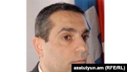 Մասիս Մայիլյան, արխիվ