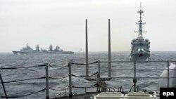 Fransa gəmiləri NATO dəniz təlimində (Foto arxivdəndir)