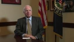 """Джон Маккейн: """"Надя, Хадиджа, для меня вы настоящие герои и пример для всех нас"""""""