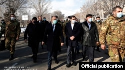Armenia -- Armenian Prime Minister Nikol Pashinian visits the town of Sisian, December 21, 2020.