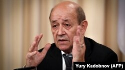 Францияның сыртқы істер министрі Жан-Ив Ле Дриан