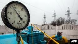 У газовой станции под Киевом. Иллюстративное фото.