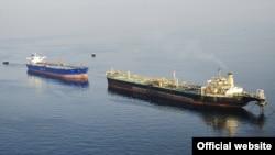 آرشیف، نفتکشهای ایران در خلیج فارس