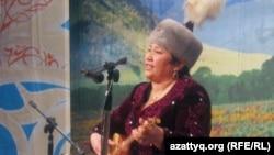 Маржан Есжанова, айтыскер ақын. Алматы, 12 ақпан 2011 жыл