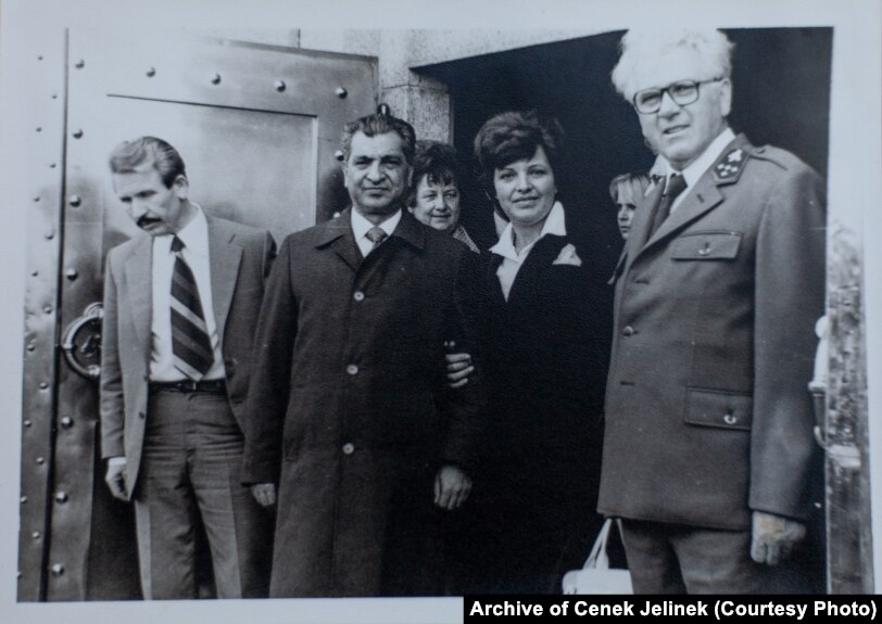 Karmal (second left) with Cenek Jelinek (right), the state forest director for the Kraslice region, near Sindelova in 1978-79.