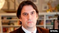 Димитар Бечев, директор на Софискиот институт за европски политики и постар колега во Атлантскиот совет со седиште во Вашингтон