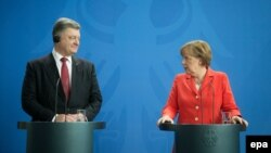 Анґела Меркель і Петро Порошенко, Берлін, 13 травня 2015 року
