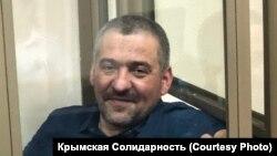 Рустем Емірусеїнов