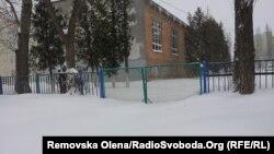 Засніжена школа, Київ