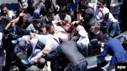 تظاهرات در واکنش به حمله موتر بم روز چهارشنبه در کابل