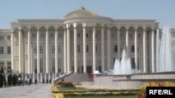 Дворец Наций Кохи Миллат в Душанбе.