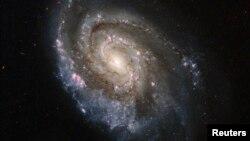 NGC 6984 qalaktikası