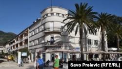 Razvoj Tivta mjeren po cijeni kvadrata stana od 8.000 eura