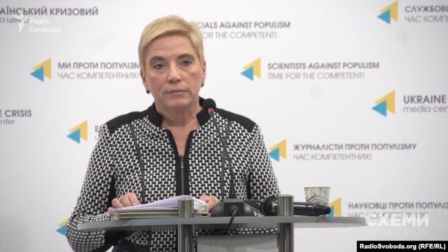 Ганна Соломатіна, колишня директорка одного з департаментів НАЗК, у 2017 році заявила про корупцію в Агентстві. НАЗК подало проти неї позов з вимогою спростувати ці свідчення