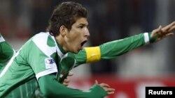 لاعب المنتخب الأولمبي العراقي بكرة القدم ضرغام إسماعيل