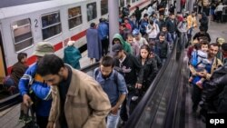 Սիրիայից և Իրաքից փախստականների հոսքը դեպի Եվրոպա չի դադարում, արխիվ