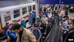 Ілюстраційне фото. Біженці на залізничній станції у Німеччині. Вересень 2015 року
