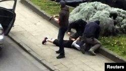 Эпизод спецоперации, в ходе которой был задержан Мохамед Абрини, 8 апреля 2016 г.