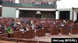 برخی از اعضای مشرانو جرگه افغانستان