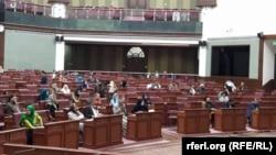 زرمتی: حکومت دا موضوع باید جدي ونیسي.