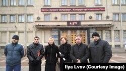 шесть делегатов, избранных самими дальнобойщиками Петербурга, которых не пустили на встречу с министром