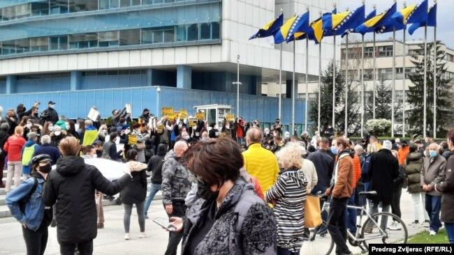 Protest građana zbog nenabavke vakcina, Sarajevo