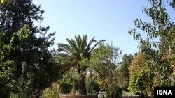 ورودی یکی از باغهای کرج