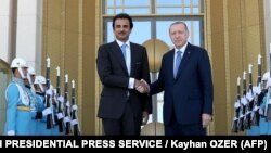 Эмир Катара Тамим бин Хамад Аль Тани и президент Турции Реджеп Эрдоган в Анкаре. Август 2018 года