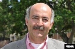 بهرام مبشر، کیهانشناس ایرانی