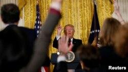 Время Свободы 17 февраля: Трамп окончательно поссорился с прессой